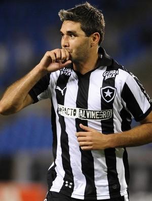 Navarro Botafogo x Atlético-GO (Foto: Estadão Conteúdo)