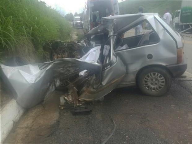 Morotista teria perdido o controle do veículo em Quipapá, na BR-104 (Foto: Divulgação/ PRF)