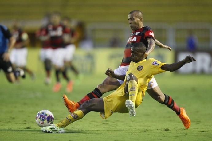 William Oliveira Sheik Madureira Flamengo Vasco (Foto: Gilvan de Souza / Flamengo)