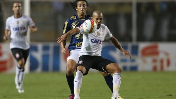 Emerson Corinthians x Penapolense (Foto: Alex Silva / Ag. Estado)