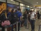 Aeroporto Hercílio Luz registra filas neste sábado (7) em Florianópolis