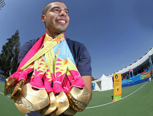 parapan Daniel Dias com as 11 medalhas de ouro (Foto: Márcio Rodrigues / Fotocom)