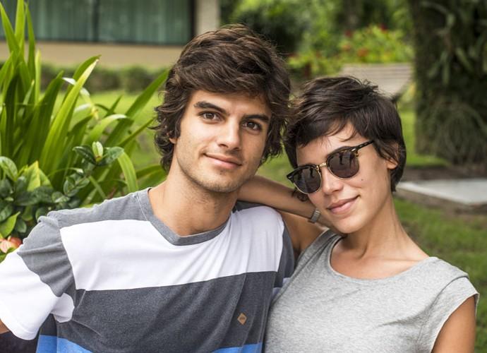 Daniel Blanco e Carla Salle interpretam o casal Fabinho e Leila (Foto: Renato Rocha Miranda/Globo)