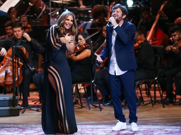 Ivete Sangalo e Saulo Fernandes em show em Salvador, na Bahia (Foto: Manuela Scarpa/ Brazil News)