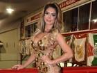 Graciella Carvalho usa microvestido ousado em evento em São Paulo