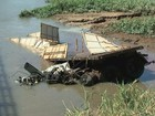 Bombeiros encontram corpo de motorista que caiu no rio Turvo