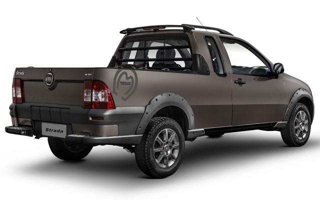 Fiat Strada Trekking 1.6 16V Cabine Dupla Mangalarga Marchador (Foto: Divulgação)