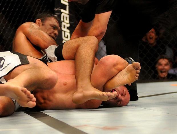 UFC RIo 3 Rodrigo Minotauro e Dave Herman (Foto: André Durão / Globoesporte.com)