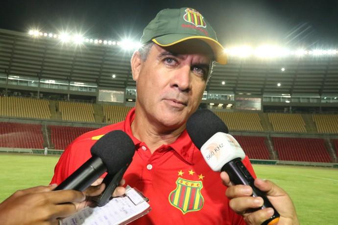 Técnico Vinícius Saldanha diz que Sampaio tem que usar postura diferente contra o Sport (Foto: Sampaio /  Divulgação)