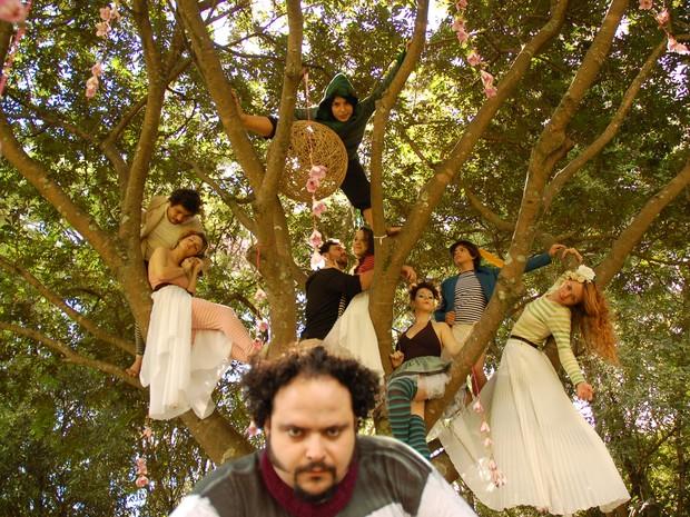 Atores da peça Sonho de Uma Noite de Verão (Foto: Valérie Mesquita/divulgação)