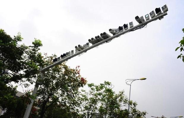 Radares de velocidade - China (Foto: HugChina)