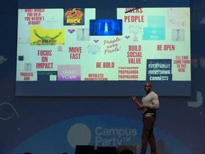 Ime Archibong, diretor de parcerias do Facebook, na Campus Party 2015 (Foto: Bruno Araujo / G1)