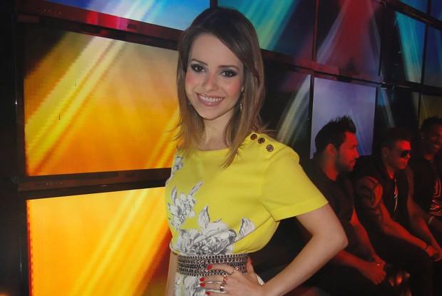 Sandy sobre maternidade: 'Logo vou pensar em filhos porque é um sonho' (Foto: TV Xuxa / TV Globo)