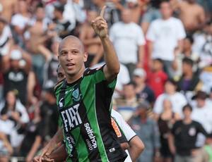Fabio Junior gol América-MG (Foto: Ag. Estado)