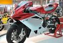 De volta ao Brasil, MV Agusta lança moto em parceria com a Ferrari