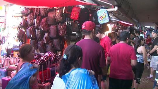 Dólar mais baixo atrai turistas para compras no Paraguai no feriado