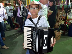 #Festa do Boi - Gustavo Henrique da Silva Francisco tocou sanfona com o saudoso Dominguinhos (Foto: Jocaff Souza/G1)