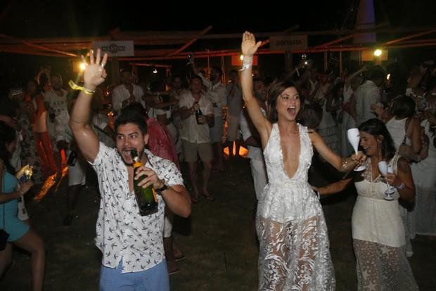 Arthur Aguiar e Julianne Trevisol (Foto: Francisco Silva / AgNews)