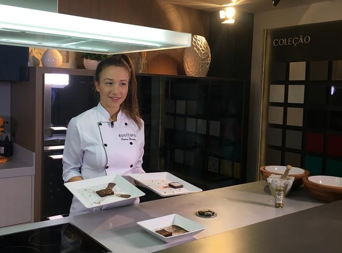 Mistura com Camille Reis ensina receita deliciosa  (Foto: Mistura/RBS TV)