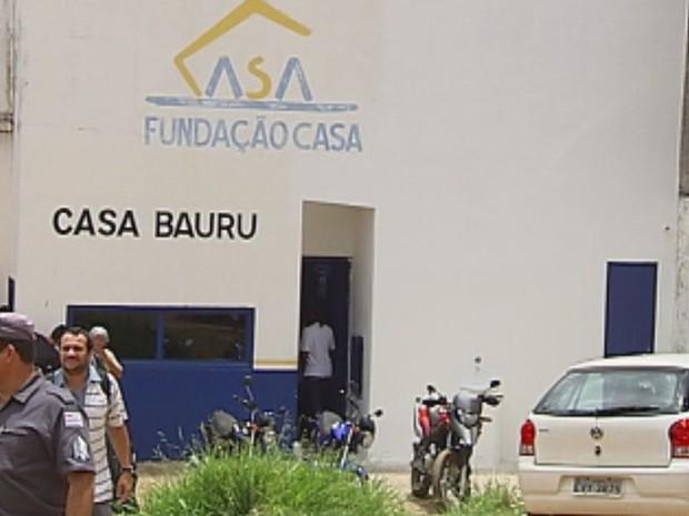 Greve deve afetar os serviços nas unidades da Fundação Casa na região  (Foto: Reprodução / TV TEM)