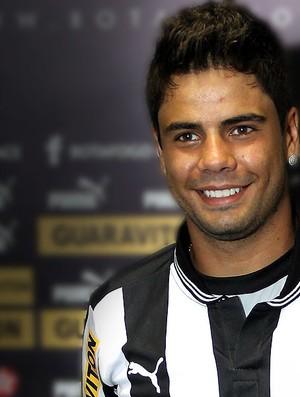 Henrique apresentado no Botafogo chamada (Foto: Cezar Loureiro / Agência O Globo)