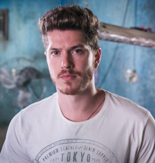 Caio Paduan interpreta o vilão Alex em 'Rock Story' (Foto: Divulgação/TV Globo)