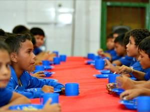 Na Rede Estadual, merenda escolar passa a contar com 28,7% de produtos regionais (Foto: Alex Pazuello)