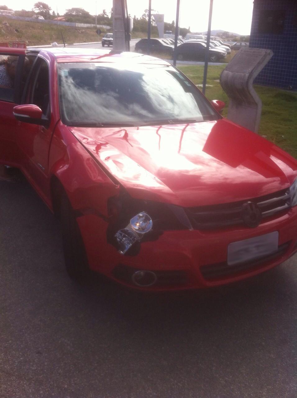 Carro envolvido em acidente no município de Garanhuns, Pernambuco (Foto: Divulgação/ FPF-PE)