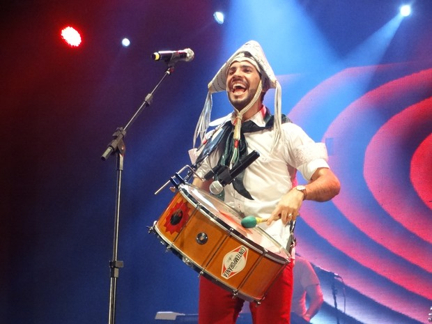 pingo barros banda fulo de mandacaru são joão de caruaru (Foto: Lafaete Vaz/G1)