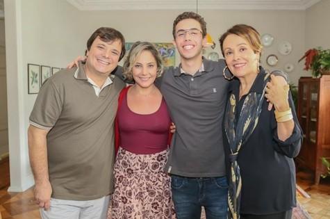 Thelmo Fernandes, Heloísa Périssé, Bruno Jablonski e  Analu Prestes (Foto: Divulgação)