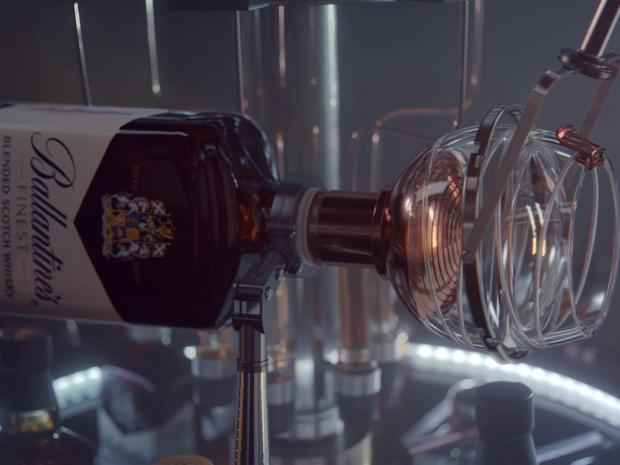 Projeto da Ballantine's desenvolveu também mecanismo para carregar copo com whisky no espaço. (Foto: Divulgação)