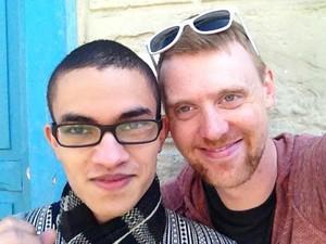 Eduardo e Jeremy se conheceram por meio de um aplicativo de celular.  (Foto: Eduardo Siqueira/Arquivo Pessoal)