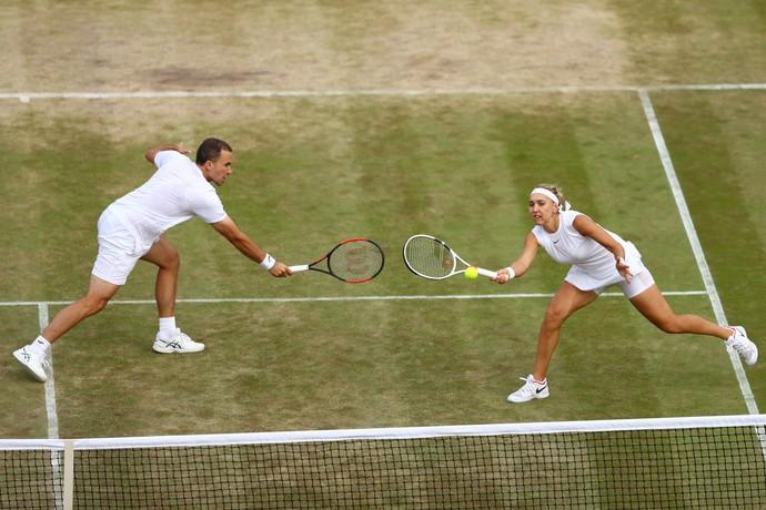 Bruno Soares e Elena Vesnina em Wimbledon (Foto: Michael Steele / Getty Images)