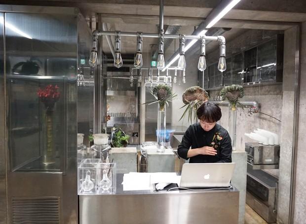 escritorio-do-artista-floral-azuma-makoto-em-toquio-japao (2).jpg (Foto: Our Own Way/Divulgação)