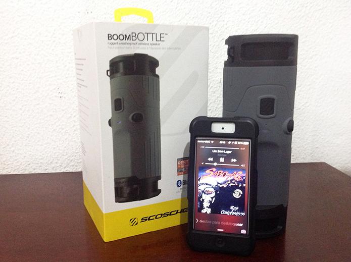 Caixa de som também utiliza alto-falantes para chamadas no celular (Foto: Diego Sousa/TechTudo)