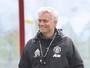 Mourinho põe Leicester na briga pelo título Inglês e elogia City de Guardiola