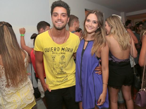 Rodrigo Simas e Juliana Paiva em festa na Zona Sul do Rio (Foto: Reginaldo Teixeira/ Divulgação)