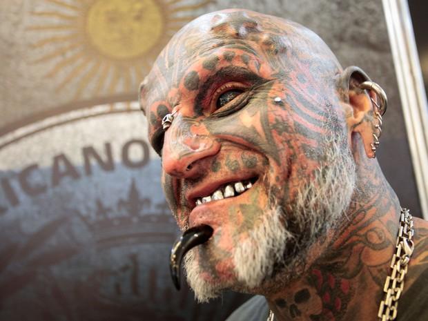 Feira em SP traz o uruguaio Victor Peralta, recordista de mudanças no corpo (Foto: Ale Frata/Código 19/Estadão Conteúdo)