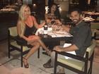 Latino, com a namorada, comemora aniversário da filha Dayanna Maia