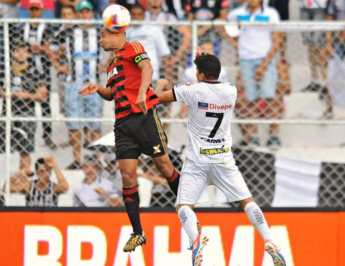 Central vence Sport no estádio Lacerdão (Foto: Altemar Carneiro/ Pernambuco Press)