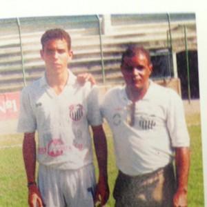 Ronaldo ao lado do pai, Nélio, no São Cristóvão (Foto: Reprodução)