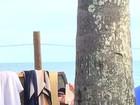 Leonardo DiCaprio curte dia na praia em Trancoso, na Bahia