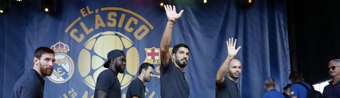 Iniesta Suarez coletiva Barcelona Miami (Foto: Divulgação)