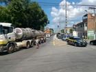 Protesto de caminhoneiros fecha parte do trevo de Capuaba, no ES