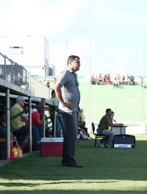 Leston Júnior, técnico do Guarani-MG (Foto: Rafael Moreira)