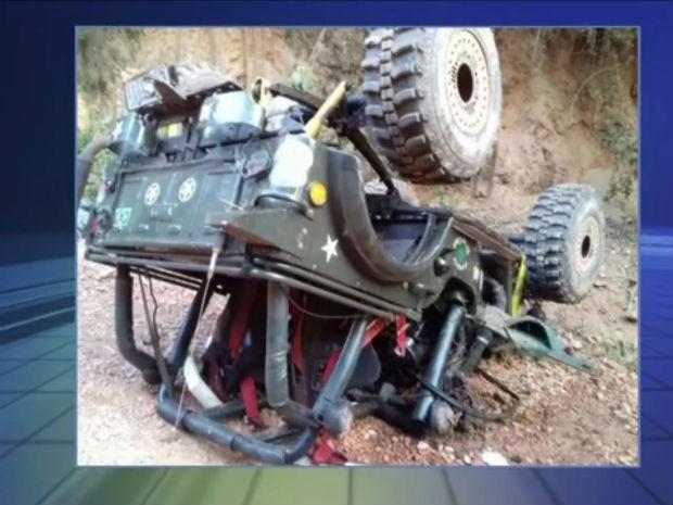 Segundo os bombeiros, vítima estava sem o cinto de segurança (Foto: Reprodução/TV TEM)