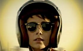 Inspire-se nos modelos de óculos dos personagens de Avenida Brasil
