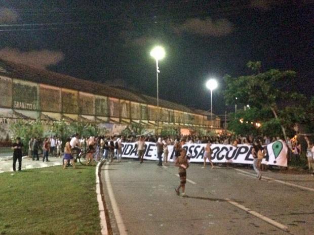 Ato reuniu 1.000 pessoas, segundo os organizadores, e 500, conforme a Polícia Militar (Foto: Vitor Tavares/G1)
