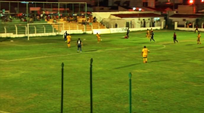 Picos x Altos (Foto: Reprodução/TV Antena 10)