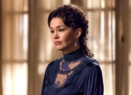 Dorotéia ameaça a Condessa: 'Acabo com essa sua pose'